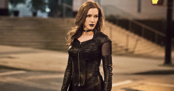 """The Flash -- """"Invincible"""" -- Image: FLA222a_0541b.jpg -- Pictured: Katie Cassidy as Black Siren -- Photo: Dean Buscher/The CW -- © 2016 The CW Network, LLC. All rights reserved."""